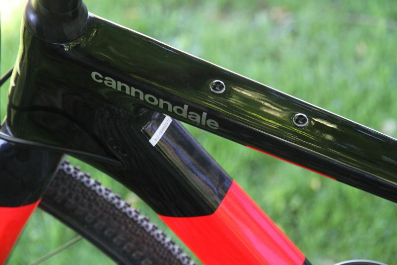 超軽量サスペンション搭載 キャノンデールのグラベルバイク「トップストーンカーボン」