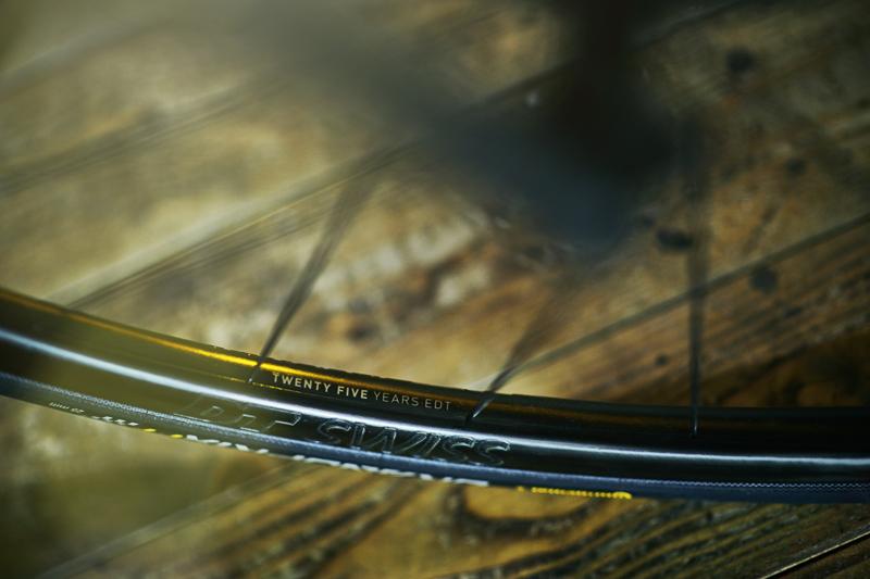 キャニオン新型ロード「アルティメットCFエボディスク」発売 完成車で6kg切りを達成