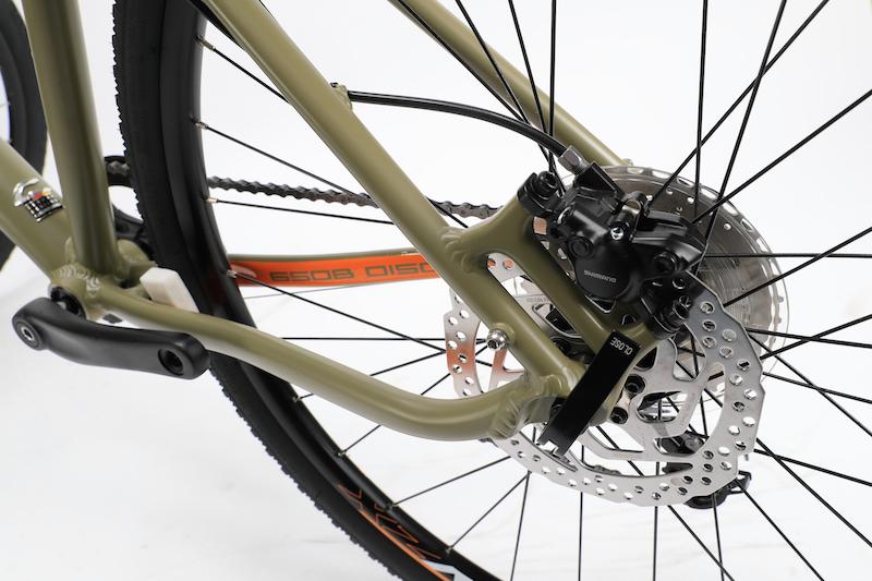 コラテックのクロスバイク「シェイプ 650B ディスク」発売