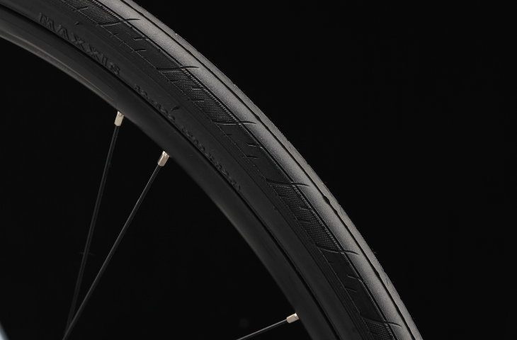 クロスバイクのタイヤ幅