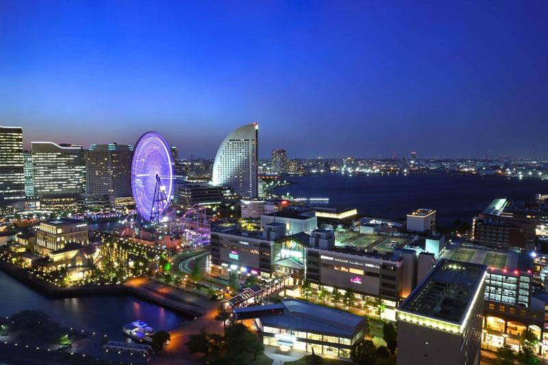 横浜みなとみらいのホテルから見た夜景
