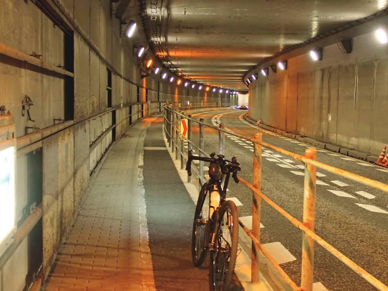 羽田空港トンネル
