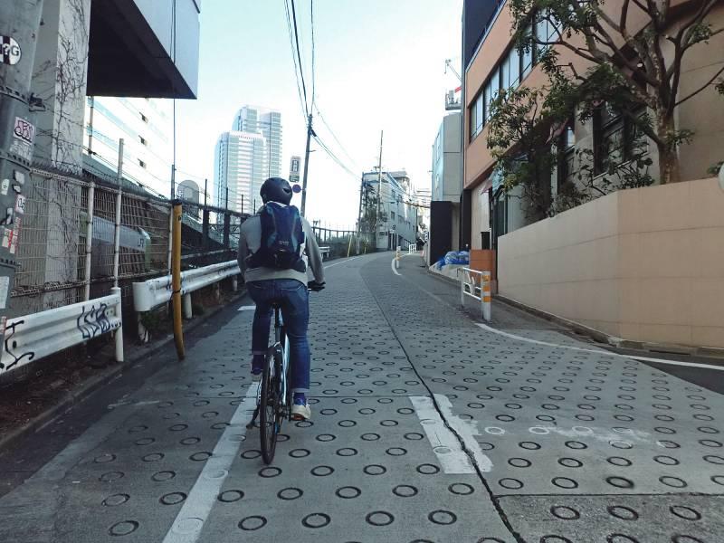 恵比寿駅から続く急坂