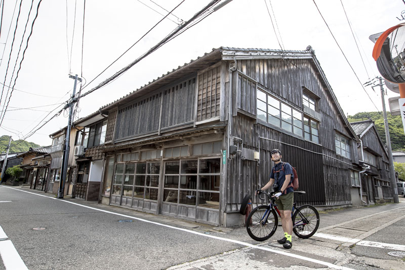 佐渡島で大人のサイクリング