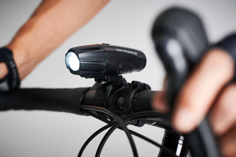 自転車用ライトのルーメンとは? 選び方は?
