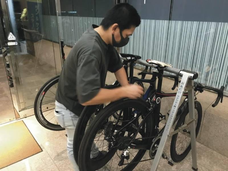 ホテルの自転車ラック