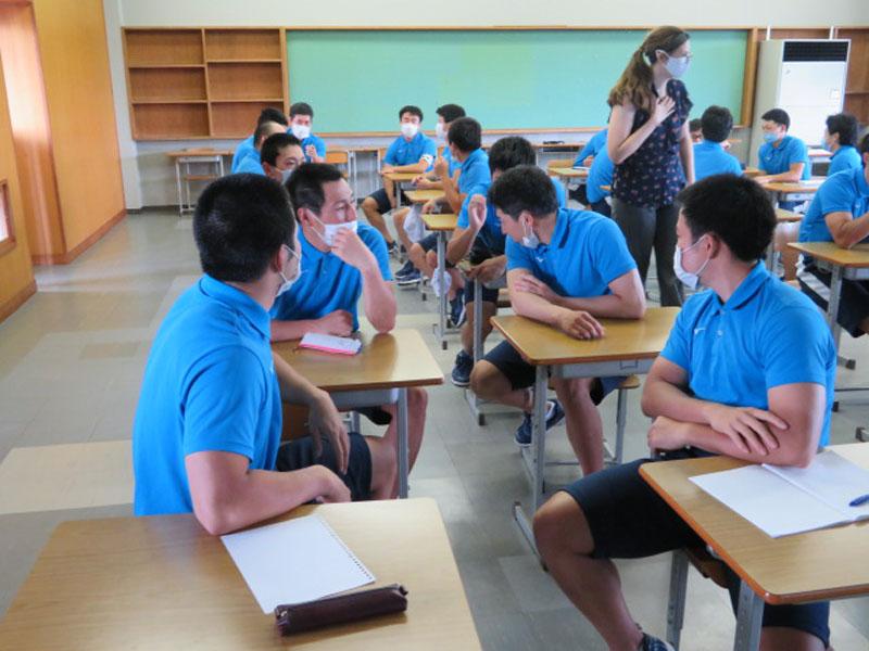 競輪養成所の英会話授業